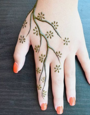 Simple Mehndi Design for students